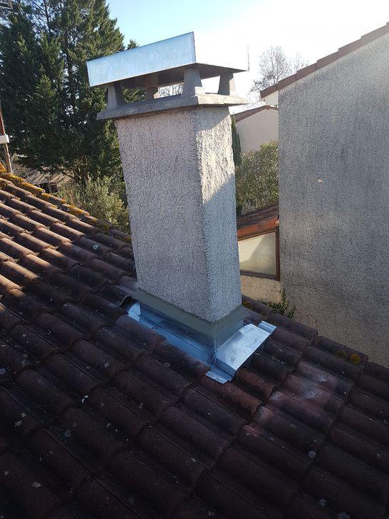 Retour de cheminée et capot en zinc à Toulouse 31200