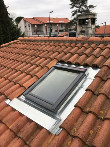 devis installation de velux ltz r alisations couverture zinguerie toulouse. Black Bedroom Furniture Sets. Home Design Ideas