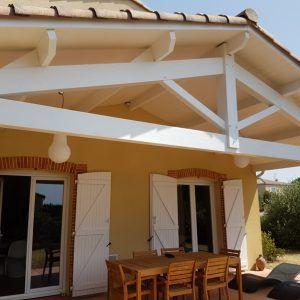 pose de lambris en pvc blanc en sous toiture au dessus d une terrasse saint jean 31240 ltz. Black Bedroom Furniture Sets. Home Design Ideas