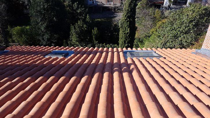 Étanchéité en zinc de cheminées et de Velux à Toulouse